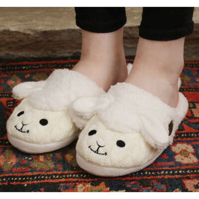 Aran Woollen Mills Fluffy Adult Slip On Slipper With Sheep Design