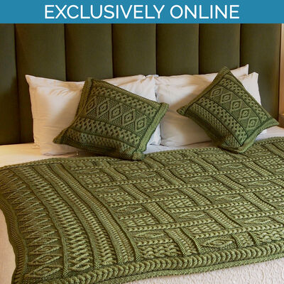 West End Knitwear Green Colour Two-Tone Aran Plated Throw 100% Merino Wool